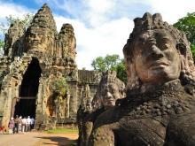 angkor_thom_entrance_siem_reap_t