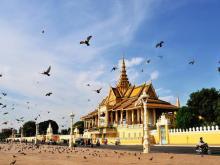 chanchhaya_pavilion_of_royal_palace_phnom_penh_t