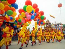 traditional_festival_hanoi_t